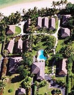 Motu Beachfront Art Villas