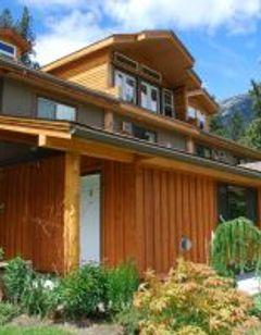 Bella Coola Mountain Lodge