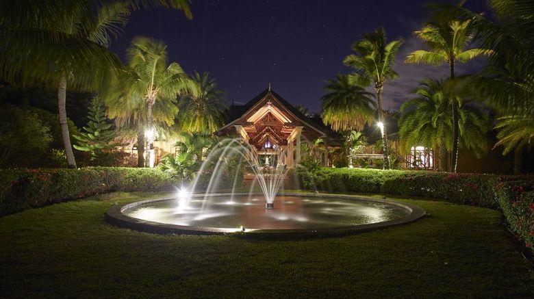 Maradiva Villas Resort  and  Spa Exterior