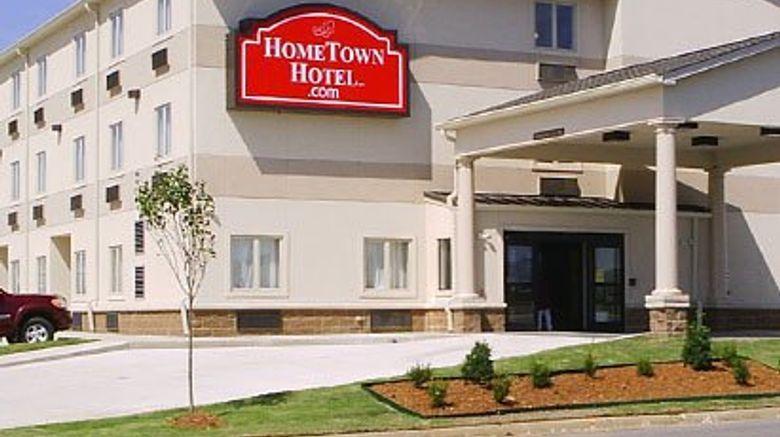 HomeTown Hotel Exterior