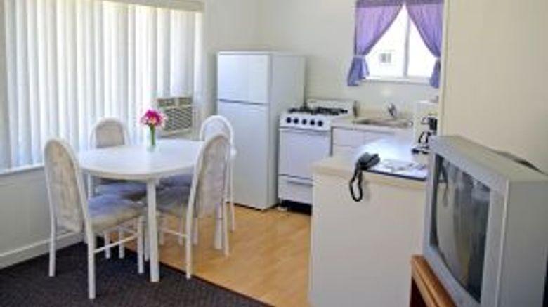 <b>Somass Motel & RV Suite</b>