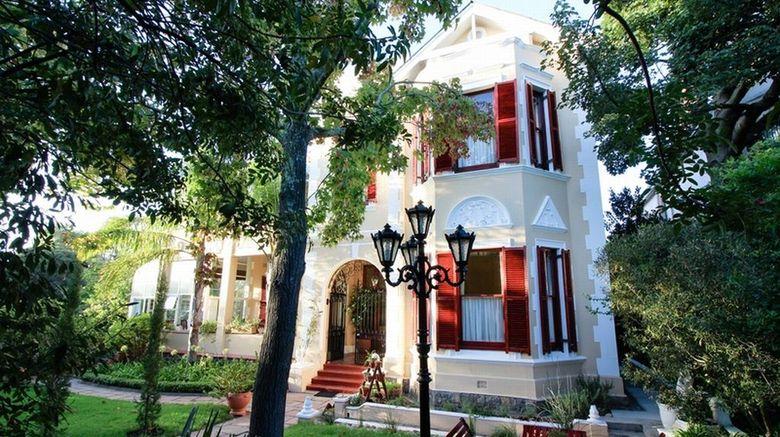 Carmichael Guest House Exterior