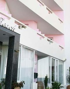 Evelyn Beach Hotel