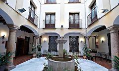 Coso Viejo Hotel