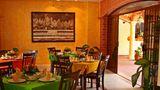 Playa Del Carmen Hotel By H&A Restaurant