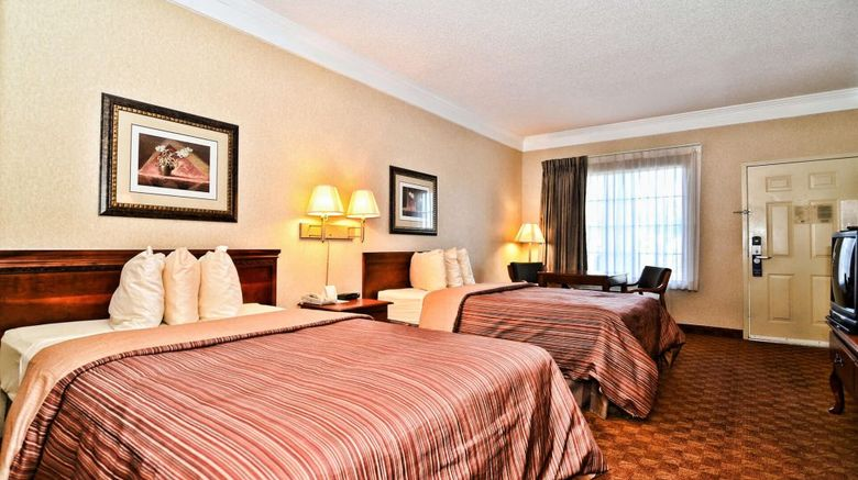 PeachState Inn  and  Suites Room