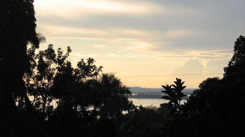 Papyrus Guesthouse Entebbe Exterior