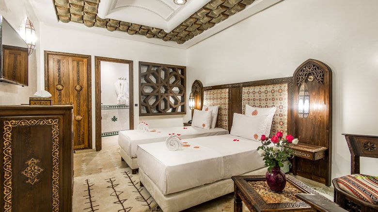 Art Place Hotel  and  Ryad Room