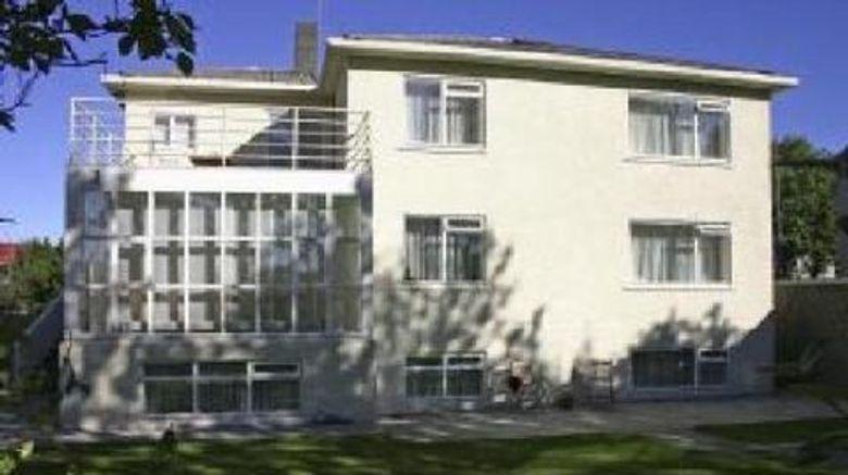 Alba Guesthouse Exterior