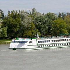 3 Night European Inland Waterways Cruise from Avignon, France