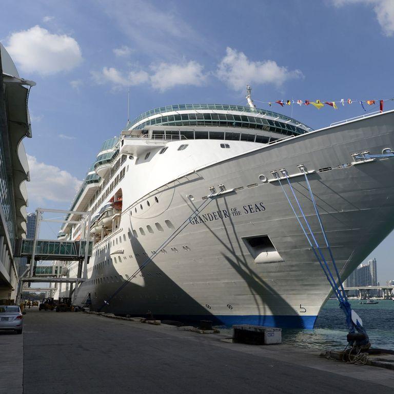 Royal Caribbean International Cruises & Ships