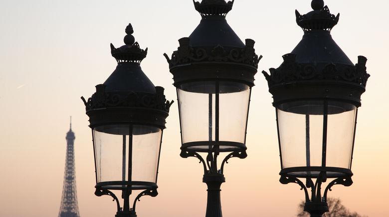 <b>Paris Scenery</b>