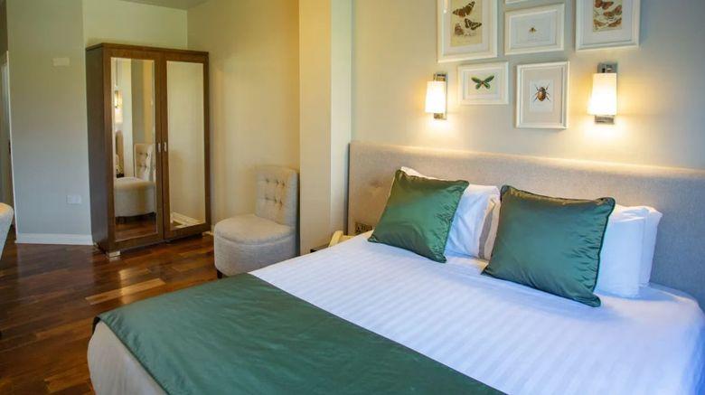 Millbrook Lodge Room