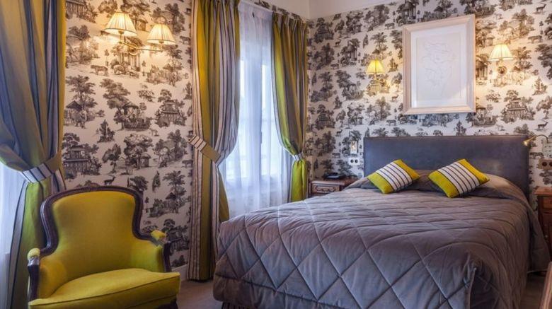 Grand Hotel de lUnivers Room