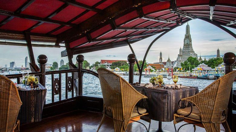 <b>Anantara Riverside Bangkok Resort Restaurant</b>
