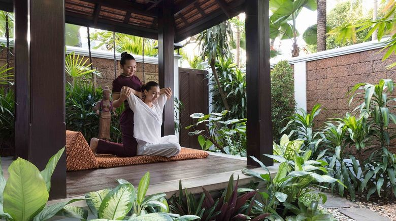 <b>Anantara Riverside Bangkok Resort Spa</b>