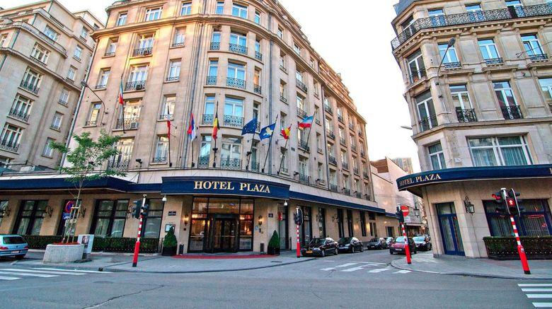 Hotel Le Plaza Exterior