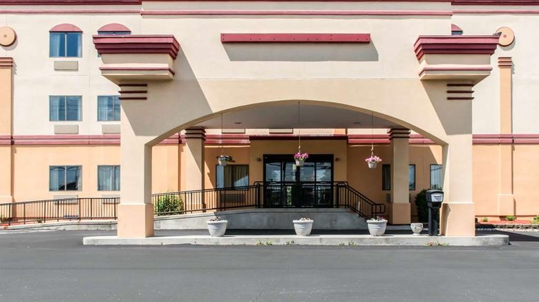 """Econo Lodge Carlisle Exterior. Images powered by <a href=""""http://web.iceportal.com"""" target=""""_blank"""" rel=""""noopener"""">Ice Portal</a>."""