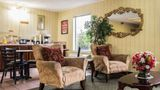 Econo Lodge & Suites Lobby