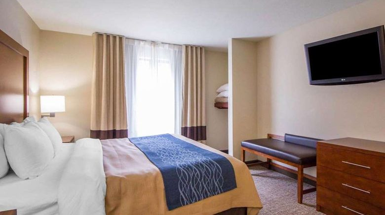 """<b>Comfort Inn Suite</b>. Images powered by <a href=""""https://iceportal.shijigroup.com/"""" title=""""IcePortal"""" target=""""_blank"""">IcePortal</a>."""