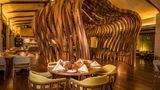 DoubleTree by Hilton Weerawila Rajawarna Restaurant