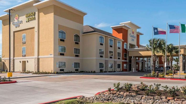 """MainStay Suites Edinburg Exterior. Images powered by <a href=""""http://web.iceportal.com"""" target=""""_blank"""" rel=""""noopener"""">Ice Portal</a>."""
