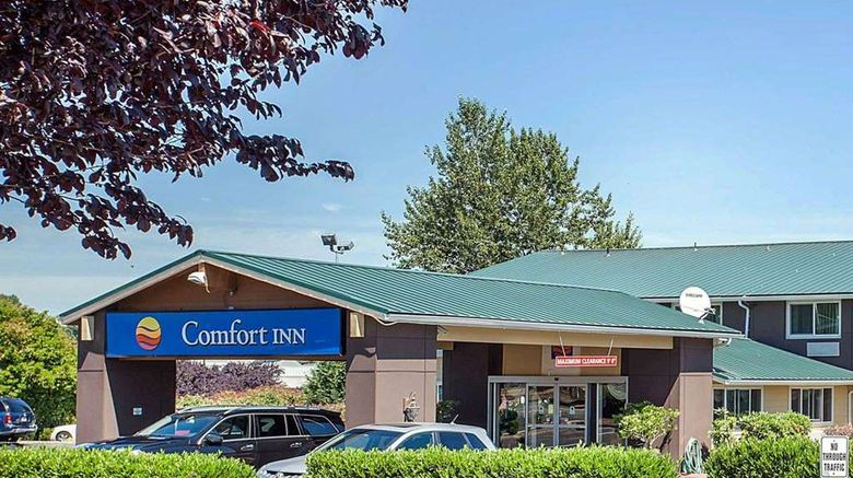 """Comfort Inn Kirkland Exterior. Images powered by <a href=""""http://web.iceportal.com"""" target=""""_blank"""" rel=""""noopener"""">Ice Portal</a>."""