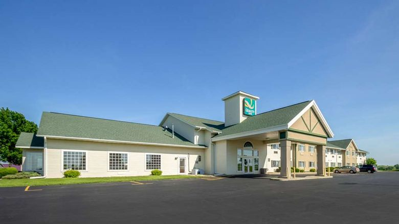 """Quality Inn Mineral Point Exterior. Images powered by <a href=""""http://web.iceportal.com"""" target=""""_blank"""" rel=""""noopener"""">Ice Portal</a>."""