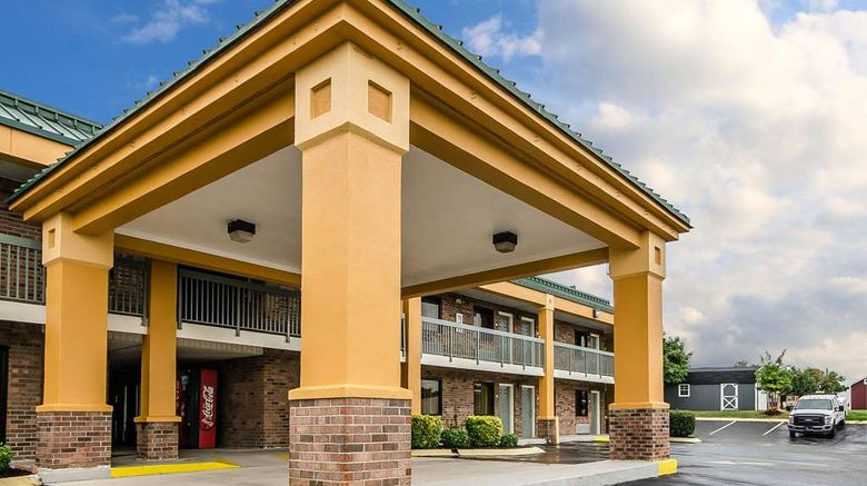 """Quality Inn Franklin Exterior. Images powered by <a href=""""http://web.iceportal.com"""" target=""""_blank"""" rel=""""noopener"""">Ice Portal</a>."""