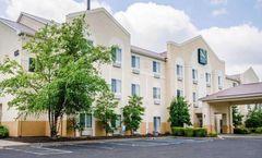 Quality Suites La Grange