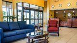 Comfort Inn & Suites Lobby