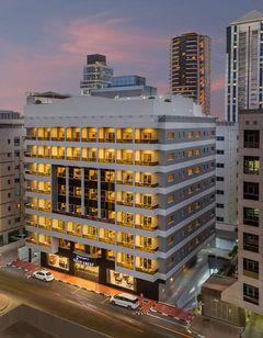 Savoy Crest Hotel