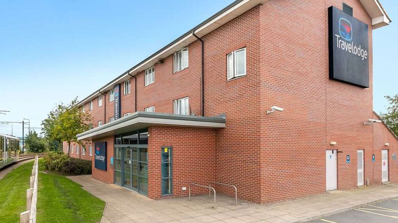 """Travelodge Ashton-Under-Lyne Exterior. Images powered by <a href=""""http://web.iceportal.com"""" target=""""_blank"""" rel=""""noopener"""">Ice Portal</a>."""