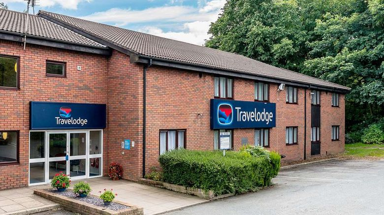 """Travelodge Birmingham Hilton Park M6 S Exterior. Images powered by <a href=""""http://web.iceportal.com"""" target=""""_blank"""" rel=""""noopener"""">Ice Portal</a>."""