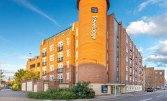 Travelodge Romford Central Hotel