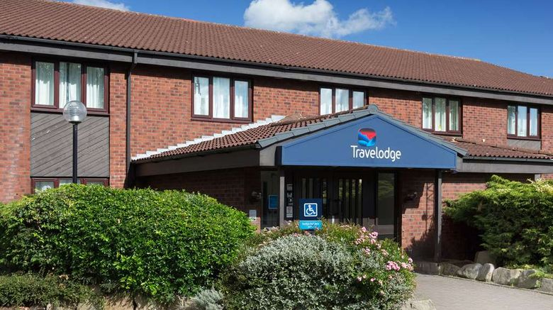 """Travelodge Nuneaton Bedworth Exterior. Images powered by <a href=""""http://web.iceportal.com"""" target=""""_blank"""" rel=""""noopener"""">Ice Portal</a>."""