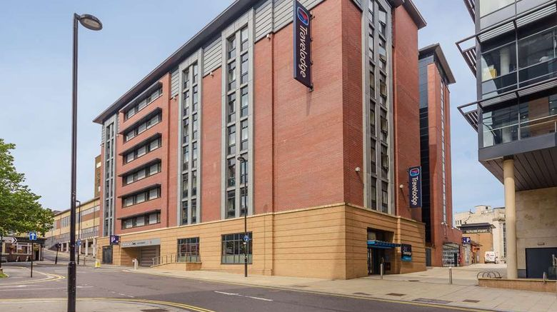 """Travelodge Sheffield Central Exterior. Images powered by <a href=""""http://web.iceportal.com"""" target=""""_blank"""" rel=""""noopener"""">Ice Portal</a>."""