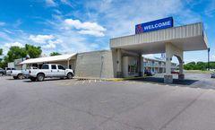 Motel 6 Van Buren