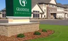 GrandStay Hotel & Sts Thief River Falls