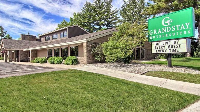 """GrandStay Traverse City Exterior. Images powered by <a href=""""http://web.iceportal.com"""" target=""""_blank"""" rel=""""noopener"""">Ice Portal</a>."""