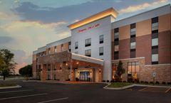 Hampton Inn & Suites Chicago-Burr Ridge