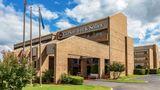 Clarion Inn & Suites Tulsa Central Exterior