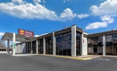 Clarion Inn & Suites Bowling Green