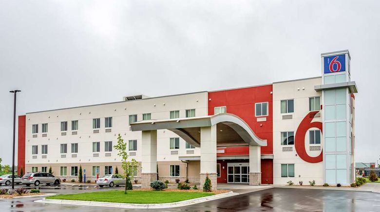 """Motel 6 Mankato Exterior. Images powered by <a href=""""http://web.iceportal.com"""" target=""""_blank"""" rel=""""noopener"""">Ice Portal</a>."""