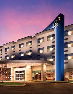 GLo Best Western Nashville Airport West