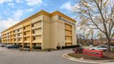 Quality Inn & Suites Raleigh Airport Exterior