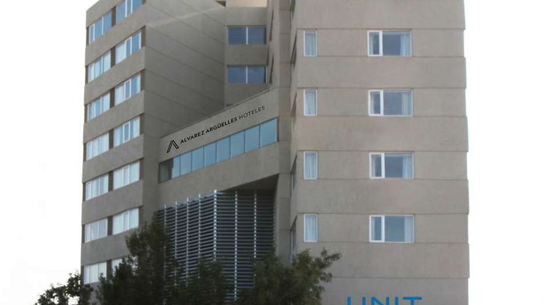 """Hotel Unit Santa Rosa Exterior. Images powered by <a href=""""http://web.iceportal.com"""" target=""""_blank"""" rel=""""noopener"""">Ice Portal</a>."""