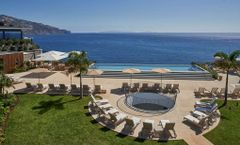 Les Suites at the Cliff Bay