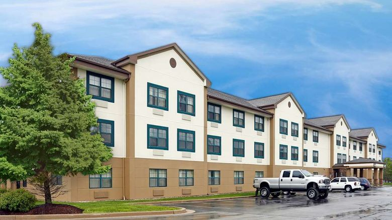 """Extended Stay America Stes Fort Wayne S Exterior. Images powered by <a href=""""http://web.iceportal.com"""" target=""""_blank"""" rel=""""noopener"""">Ice Portal</a>."""