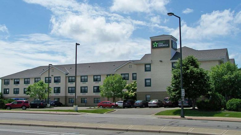 """Extended Stay America Stes Minneapolis B Exterior. Images powered by <a href=""""http://web.iceportal.com"""" target=""""_blank"""" rel=""""noopener"""">Ice Portal</a>."""